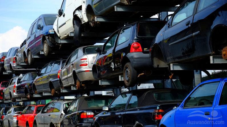 Auto Motor Abmeldung Entsorgung des Kfz in Spanien